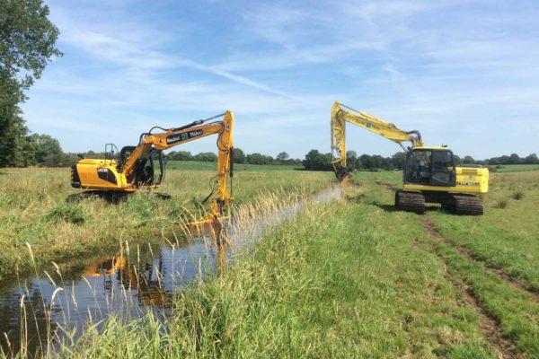 Gewässerunterhaltung-Moorlaufwerk